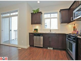 Photo 8: 117 19551 66 Avenue in : Clayton Townhouse for sale (Cloverdale)  : MLS®# F1225208