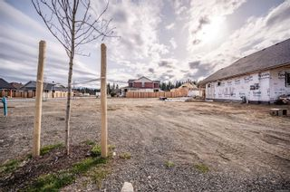 Photo 2: 737 Salal St in : CR Willow Point Land for sale (Campbell River)  : MLS®# 872006