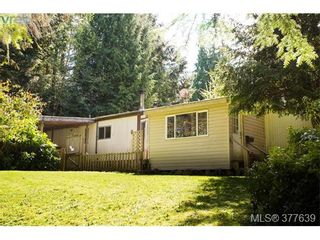 Photo 1: C3 920 Whittaker Rd in MALAHAT: ML Shawnigan Manufactured Home for sale (Malahat & Area)  : MLS®# 758158