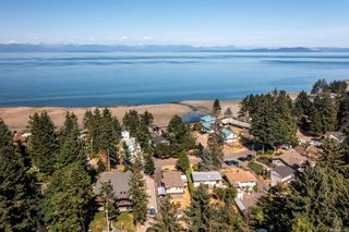 Photo 1: 1791 Astra Rd in : CV Comox Peninsula Manufactured Home for sale (Comox Valley)  : MLS®# 883266
