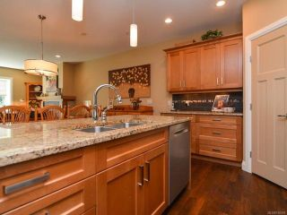 Photo 15: 105 1055 Crown Isle Dr in COURTENAY: CV Crown Isle Row/Townhouse for sale (Comox Valley)  : MLS®# 740518