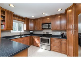 Photo 8: 2961 CAMROSE Drive in Burnaby: Montecito House for sale (Burnaby North)  : MLS®# R2408423