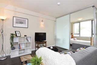 """Photo 2: 308 2689 KINGSWAY in Vancouver: Collingwood VE Condo for sale in """"Skyway Towers"""" (Vancouver East)  : MLS®# R2298880"""