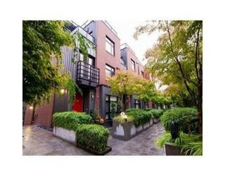 Photo 16: 451 12TH Ave E in Vancouver East: Home for sale : MLS®# V1088890