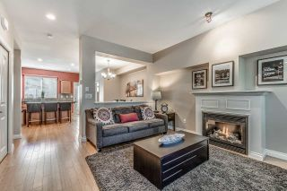 """Photo 3: 18068 70 Avenue in Surrey: Cloverdale BC Condo for sale in """"Provinceton"""" (Cloverdale)  : MLS®# R2186482"""