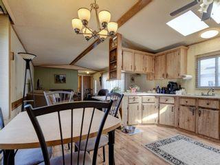 Photo 8: 40 2911 Sooke Lake Rd in : La Goldstream Manufactured Home for sale (Langford)  : MLS®# 885205