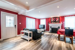 Photo 3: 2425 CAPE HORN Avenue in Coquitlam: Cape Horn House for sale : MLS®# R2370024