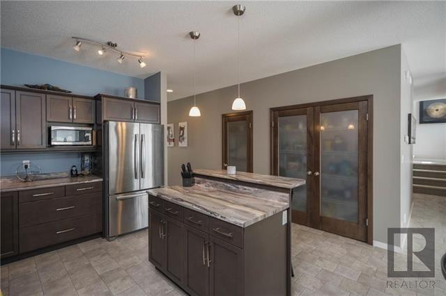 Photo 3: Photos: 22 Heartleaf Lane in Winnipeg: Sage Creek Residential for sale (2K)  : MLS®# 1820558