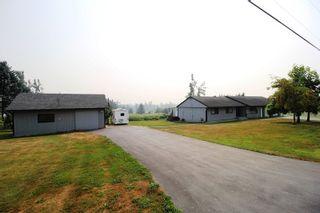 "Photo 2: 28808 STARR Road in Abbotsford: Bradner House for sale in ""Bradner"" : MLS®# R2342118"