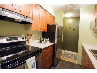 """Photo 2: 408 65 FIRST Street in New Westminster: Downtown NW Condo for sale in """"KINNAIRD PLACE"""" : MLS®# V1104914"""