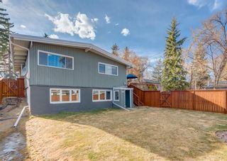 Photo 2: 8224 Elbow Drive SW in Calgary: Kingsland Detached for sale : MLS®# A1098500