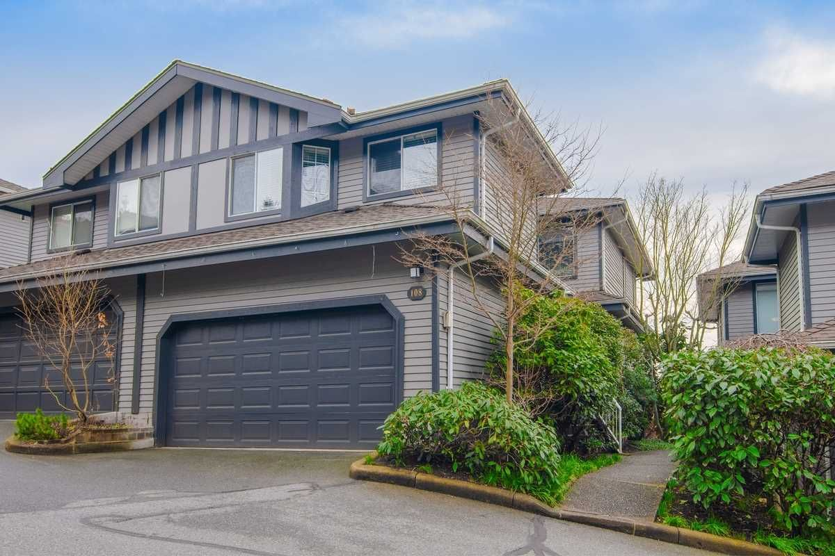 Main Photo: 108 2998 ROBSON Drive in Coquitlam: Westwood Plateau Townhouse for sale : MLS®# R2544593