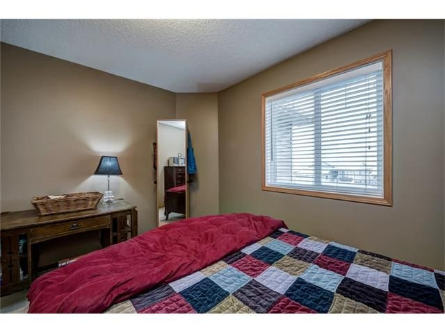 Photo 34: Photos: 137 COVE Court: Chestermere House for sale : MLS®# C4090938