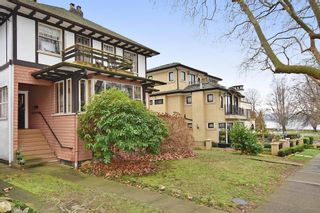 """Photo 2: 2020 MCNICOLL Avenue in Vancouver: Kitsilano House for sale in """"Kits Point"""" (Vancouver West)  : MLS®# R2428928"""