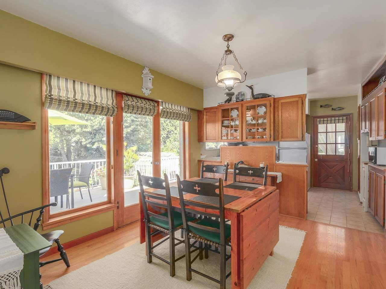 Photo 6: Photos: 587 HARRISON Avenue in Coquitlam: Coquitlam West House for sale : MLS®# R2097877