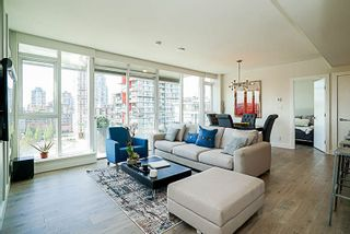 """Photo 5: 1602 1372 SEYMOUR Street in Vancouver: Downtown VW Condo for sale in """"The Mark"""" (Vancouver West)  : MLS®# R2187795"""