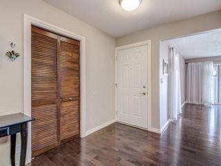 Photo 6: 116 Cedarille Green SW in Calgary: Cedarbrae Detached for sale : MLS®# A1085788