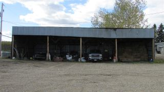 """Photo 15: 4816 BALDONNEL Road in Fort St. John: Fort St. John - Rural E 100th House for sale in """"BALDONNEL"""" (Fort St. John (Zone 60))  : MLS®# R2501024"""