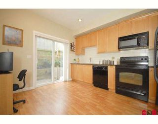 """Photo 2: 33 20159 68TH Avenue in Langley: Willoughby Heights Townhouse for sale in """"VANTAGE"""" : MLS®# F2812376"""