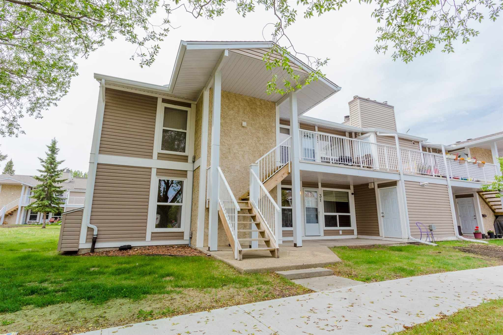 Main Photo: 31 2204 118 Street NW in Edmonton: Zone 16 Carriage for sale : MLS®# E4249147