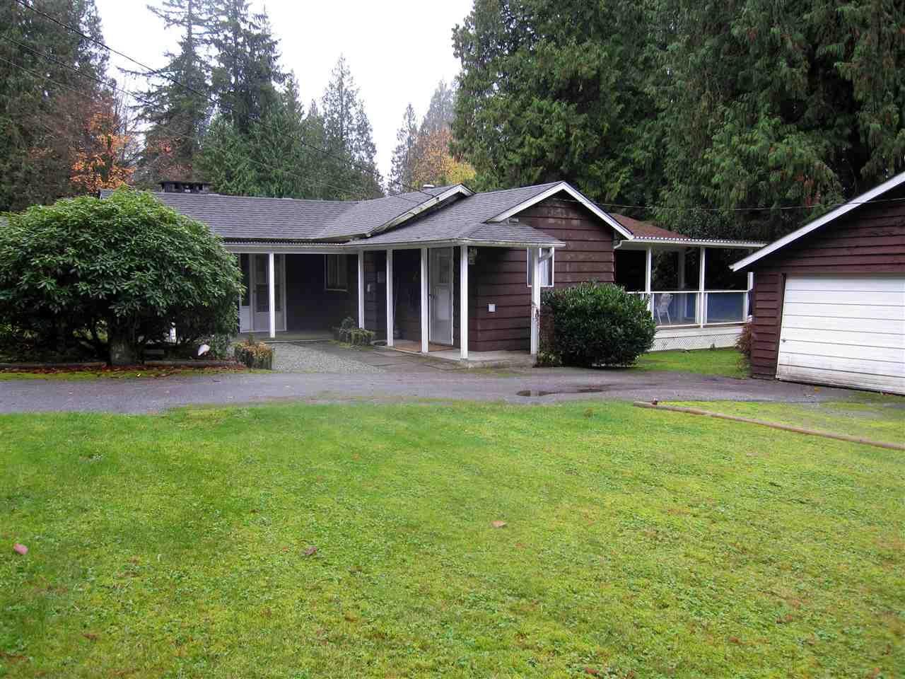 Photo 2: Photos: 11847 267 Street in Maple Ridge: Northeast House for sale : MLS®# R2322069
