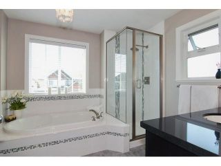 "Photo 10: 19627 72A Avenue in Langley: Willoughby Heights House for sale in ""Mountain View Estates"" : MLS®# F1438102"