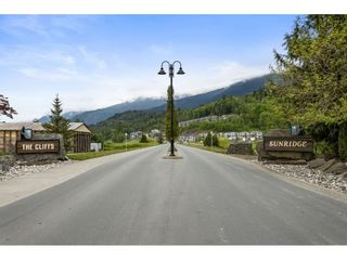 """Photo 32: 29 50634 LEDGESTONE Place in Chilliwack: Eastern Hillsides House for sale in """"THE CLIFFS"""" : MLS®# R2590616"""