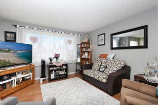 Photo 2: 680 23rd St in Courtenay: CV Courtenay City Full Duplex for sale (Comox Valley)  : MLS®# 871256