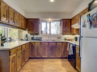 Photo 10: 60 15TH Street in Gibsons: Gibsons & Area House for sale (Sunshine Coast)  : MLS®# R2612790