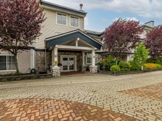 """Photo 2: 306 15298 20 Avenue in Surrey: King George Corridor Condo for sale in """"WATERFORD HOUSE"""" (South Surrey White Rock)  : MLS®# R2625551"""