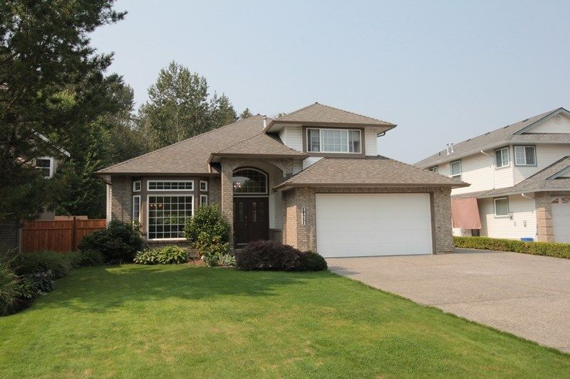 """Main Photo: 4471 222A Street in Langley: Murrayville House for sale in """"Murrayville"""" : MLS®# R2196700"""