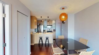 Photo 7: 1710 928 Homer Street in Yaletown Park 1: Yaletown Home for sale ()