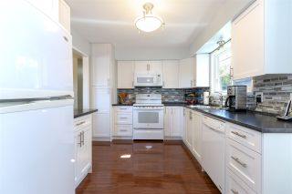 """Photo 2: 34780 BLATCHFORD Way in Abbotsford: Abbotsford East House for sale in """"McMillan Area"""" : MLS®# R2334839"""