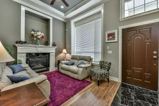 Photo 2: 14228 61A Avenue in Surrey: Sullivan Station House for sale : MLS®# R2038784