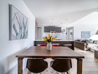 """Photo 11: 706 2221 E 30TH Avenue in Vancouver: Victoria VE Condo for sale in """"KENSINGTON GARDENS BY WESTBANK"""" (Vancouver East)  : MLS®# R2511988"""