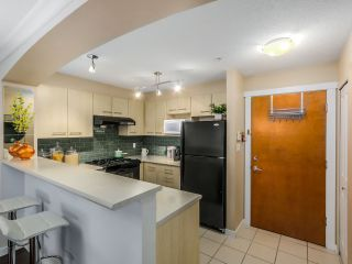 """Photo 2: 1116 5115 GARDEN CITY Road in Richmond: Brighouse Condo for sale in """"LION'S PARK by POLYGON"""" : MLS®# R2013152"""