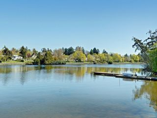 Photo 24: 302 73 W Gorge Rd in : SW Gorge Condo for sale (Saanich West)  : MLS®# 885911