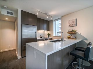 Photo 11: 1501 1009 HARWOOD Street in Vancouver: West End VW Condo for sale (Vancouver West)  : MLS®# R2561317