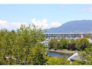 Photo 9: 303 1166 6TH Ave in Vancouver West: Home for sale : MLS®# V828768
