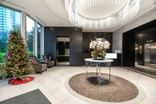 """Photo 3: 1701 6168 WILSON Avenue in Burnaby: Metrotown Condo for sale in """"JEWEL 2"""" (Burnaby South)  : MLS®# R2555926"""