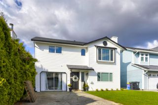 """Photo 32: 2283 WILLOUGHBY Court in Langley: Willoughby Heights House for sale in """"LANGLEY MEADOWS"""" : MLS®# R2555362"""