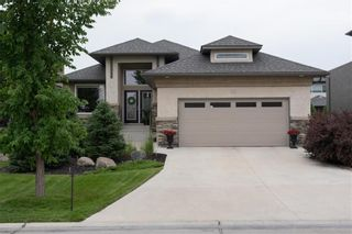 Main Photo: 22 Vestford Place in Winnipeg: South Pointe Residential for sale (1R)  : MLS®# 202116964