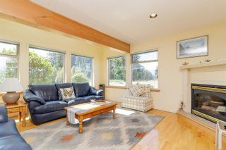 Photo 3: 1875 Parker Rd in : Du Cowichan Bay House for sale (Duncan)  : MLS®# 880187