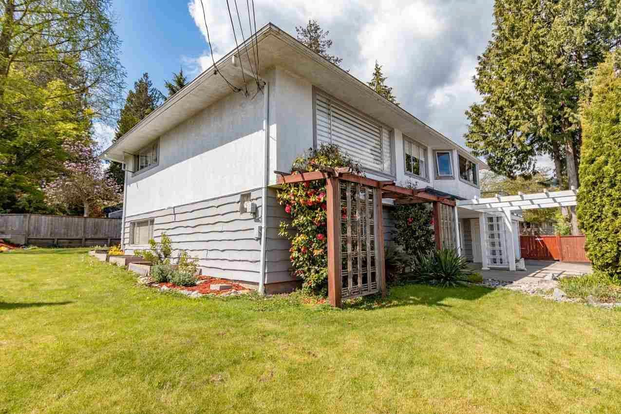 Photo 35: Photos: 715 HUNTINGDON Crescent in North Vancouver: Dollarton House for sale : MLS®# R2588592