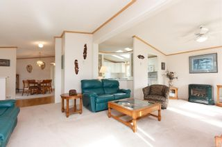 Photo 5: 42 1927 Tzouhalem Rd in : Du East Duncan Manufactured Home for sale (Duncan)  : MLS®# 858187