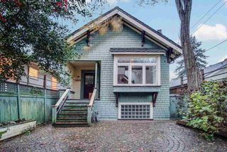 Photo 1: 1829 STEPHENS Street in Vancouver: Kitsilano House for sale (Vancouver West)  : MLS®# R2532055