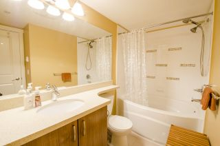 """Photo 7: 213 3082 DAYANEE SPRINGS Boulevard in Coquitlam: Westwood Plateau Condo for sale in """"LANTERNS"""" : MLS®# R2127277"""