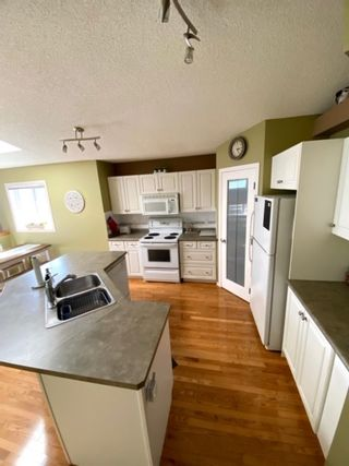 Photo 7: 14923 47 Street in Edmonton: Zone 02 House for sale : MLS®# E4236399