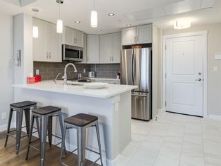Photo 3: 604 32 Varsity Estates Circle NW in Calgary: Varsity Apartment for sale : MLS®# A1076057
