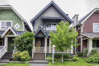Photo 1: 267 FURNESS STREET in New Westminster: Queensborough House for sale : MLS®# R2082321
